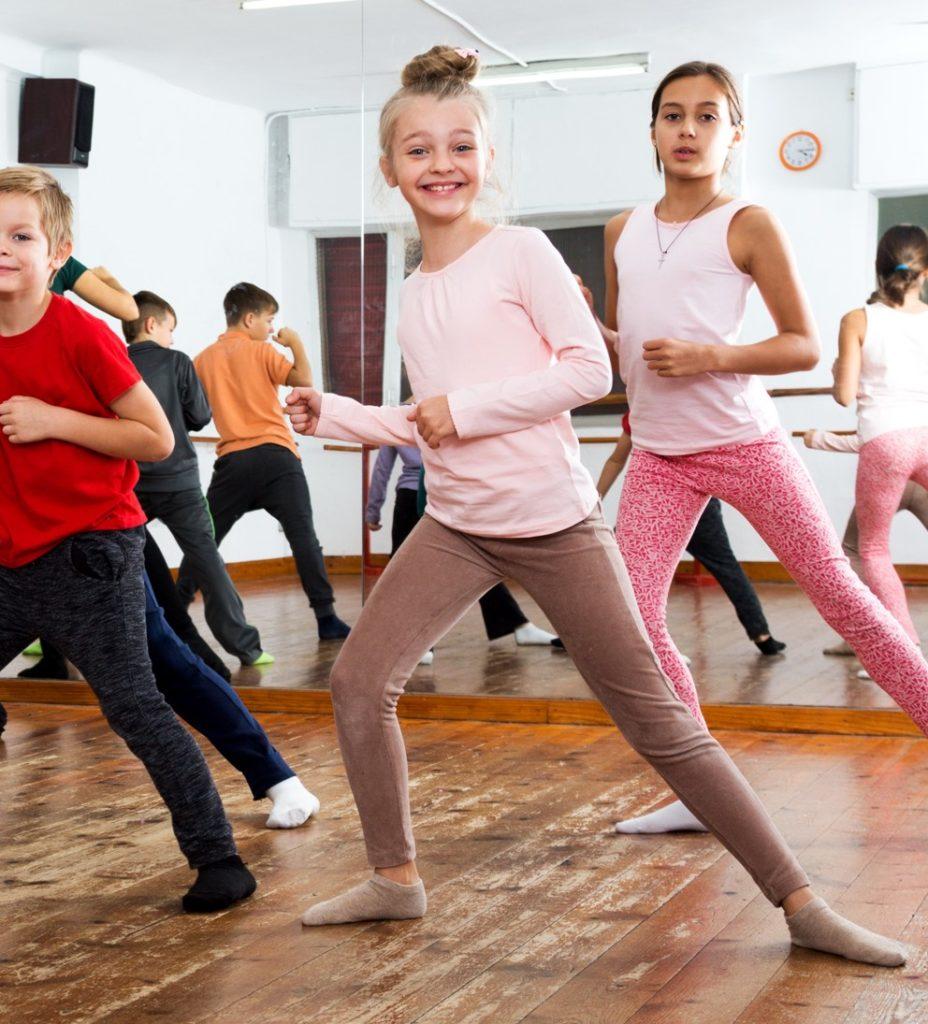 MBK CENTER COVER DANCE CONTEST 2019 ชิงทุนการศึกษากว่า
